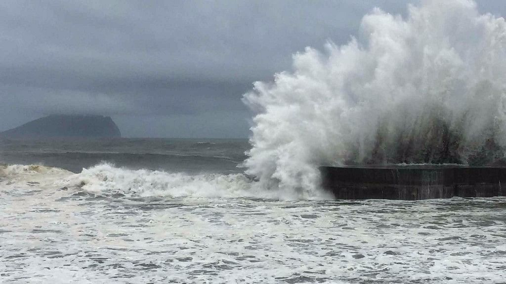 Typhoon Phanfone Hits Philippines, Leaves at Least 16 Dead