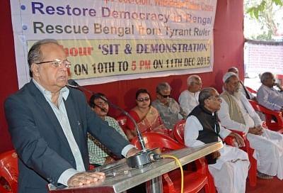 Former Supreme Court judge Justice Asok Kumar Ganguly (L). (Photo: Kuntal Chakrabarty/IANS)