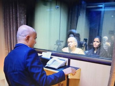Islamabad: The mother and wife of Mumbai-based former naval officer-turned-businessman Kulbhushan Jadhav, who was arrested on March 3, 2016, and was sentenced to death by a Pakistani military court on charges of espionage and terrorism meet him at the Pakistan Foreign Office in Islamabad on Dec 25, 2017. The meeting, with the death row prisoner lasted for about 40 minutes, but with a glass panel separating them and spoke through a speaker phone. The meeting started at 2.18 p.m., according to the