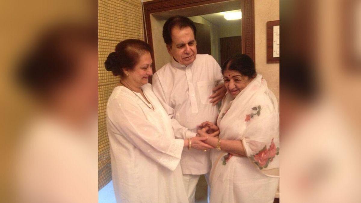 Lata Mangeshkar with Dilip Kumar and Saira Banu.