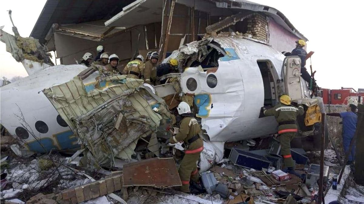 15 Killed as Plane With 100 on Board Crashes in Kazakhstan