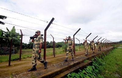 Three BSF Jawans Injured In Attack By B'deshi Smugglers At Border