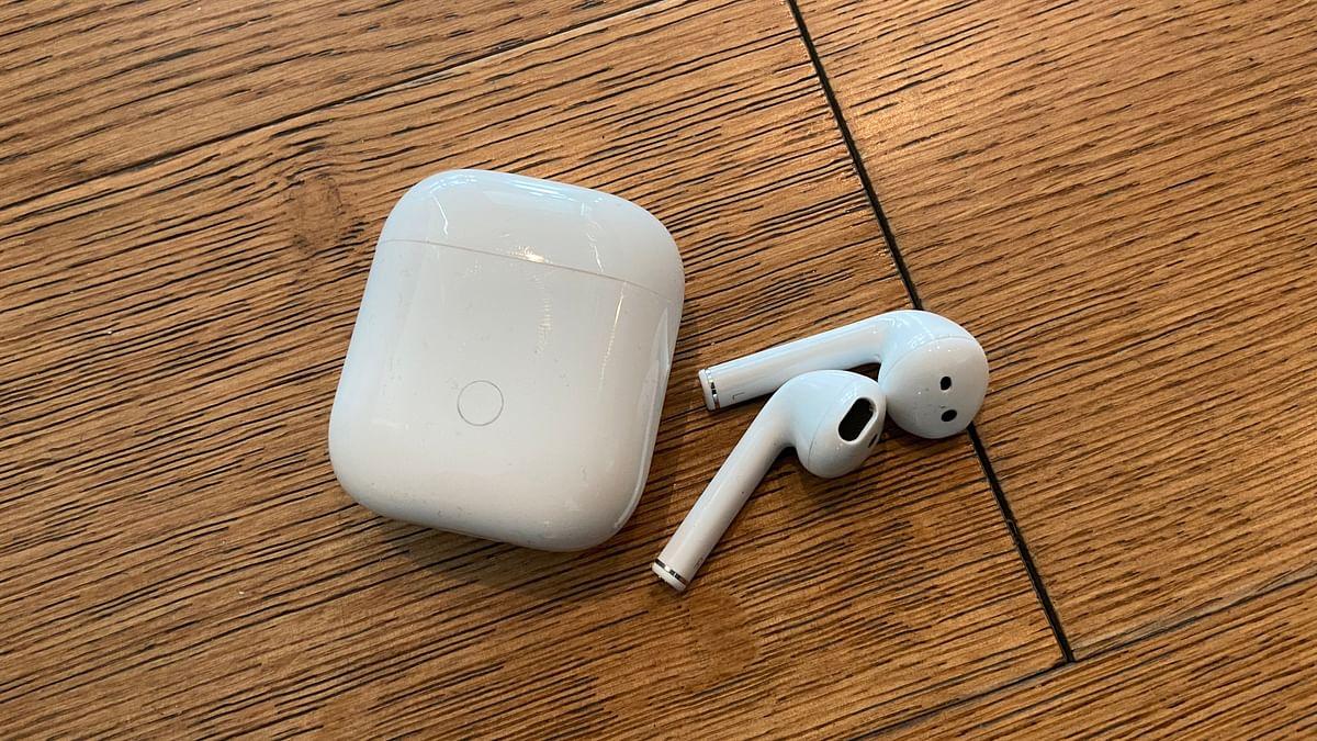 TecQ:  Mobile Internet Shutdown, Airpods-Like Earphones & More