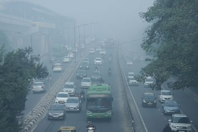 New Delhi: Smog engulfs the national capital as the air quality worsens, on Nov 15, 2019. The air pollution emergency in Delhi has aggravated with the air quality index (AQI) spiking sharply to 528 on Friday morning.The AQI on Thursday was much lower at 470 in the