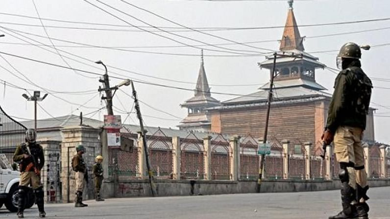 It is for the first time since 5 August that prayers were offered collectively at the mosque in Srinagar.