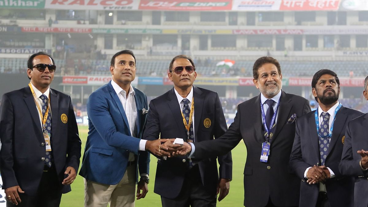 Former India off-spinner Noel David, Venkatpathy Raju and fast bowler Mohammed Siraj were also present on the occasion.