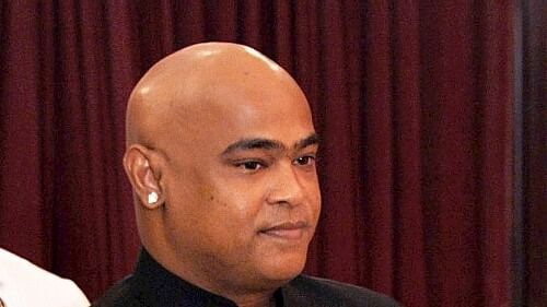 Vinod Kambli expressed his disappointment that a full team including Shreyas Iyer and Shivam Dube did not play the match and suffered a humiliating loss.