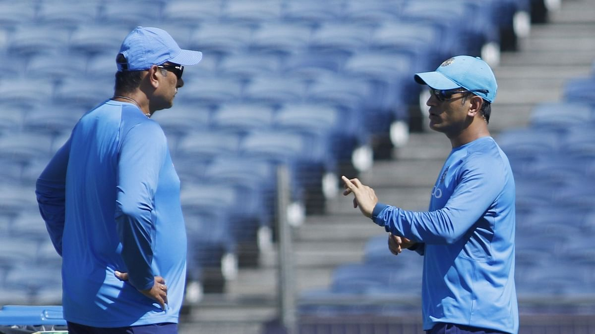 If Dhoni Says Can Continue, Don't Mess With That: Shastri