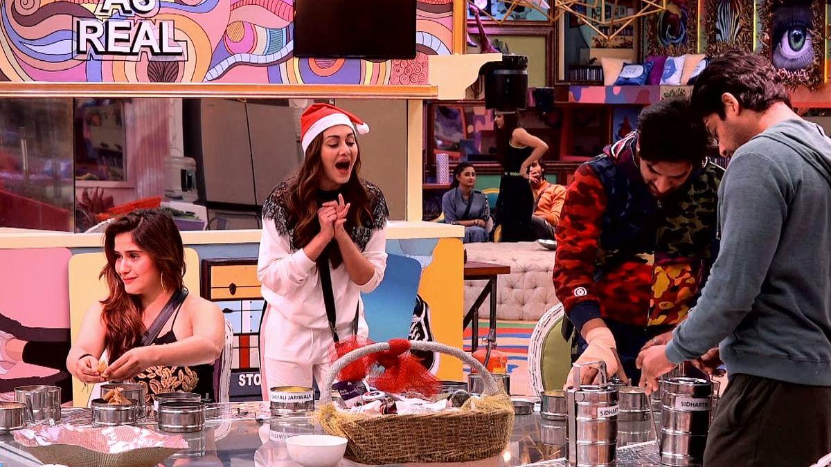 'Bigg Boss' Contestants Celebrate Christmas With Ghar Ka Khana