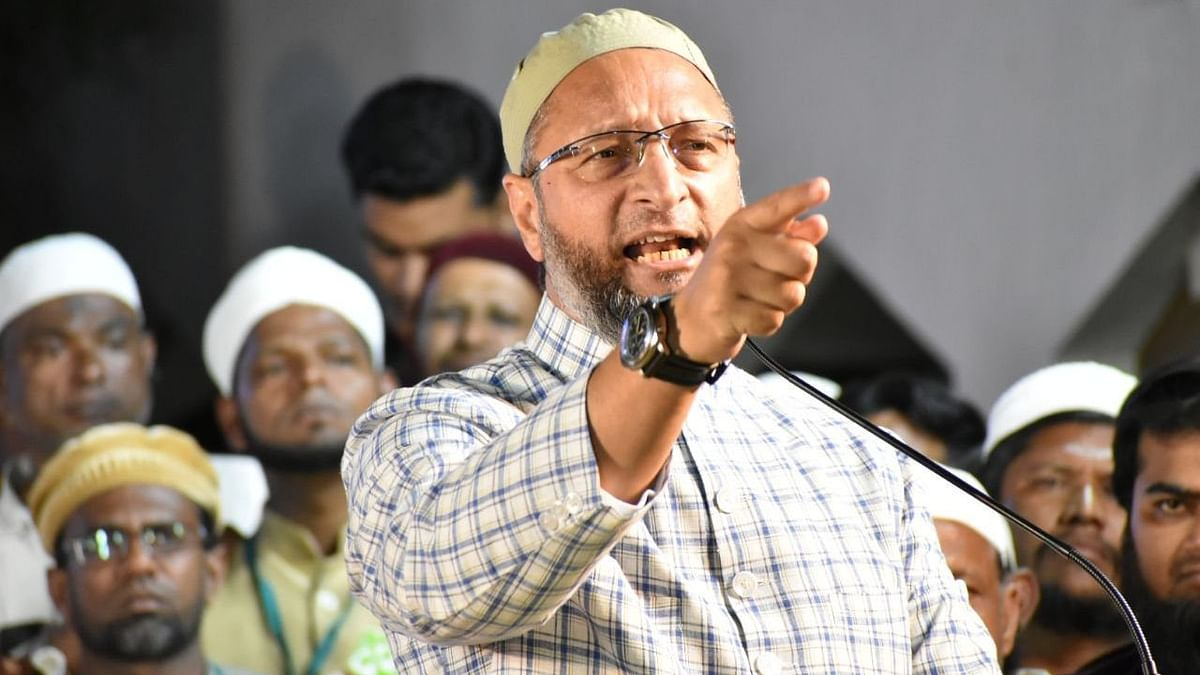 Owaisi: Those Against NRC, CAA Should Fly Tricolour On Their Homes