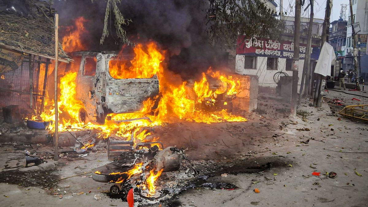 A vehicle torched allegedly by protestors  in Kanpur