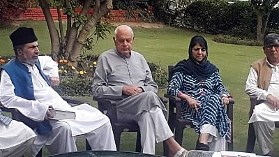 File image of National Conference chief Farooq Abdullah and PDP leader Mehbooba Mufti.