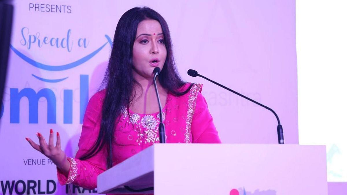 Amruta Fadnavis Slams Sena on Tree Felling For Thackeray Memorial