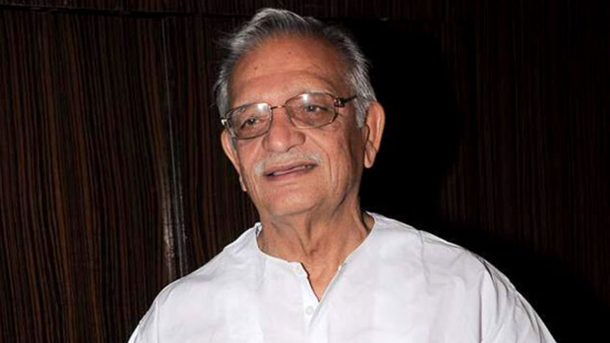 Was About to Call You Mitron but Stopped: Gulzar Takes Dig at Modi