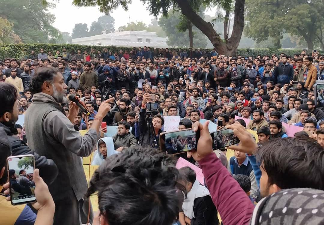 Activist Yogendra Yadav addresses the student community.