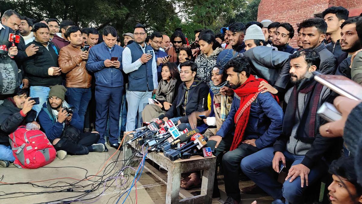 JNUSU Demands Resignation of VC Jagadesh Kumar, Slams Delhi Police