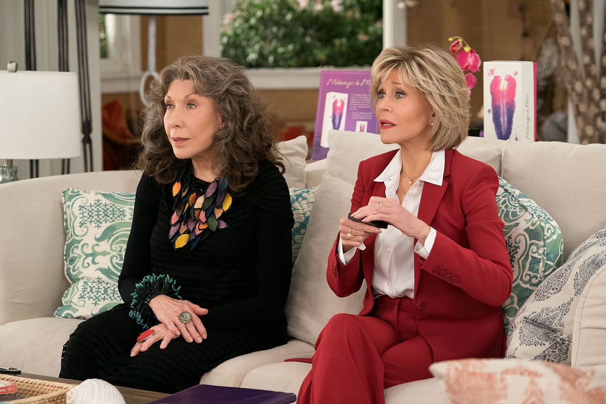 Jane Fonda and Lily Tomlin make the characters come alive.