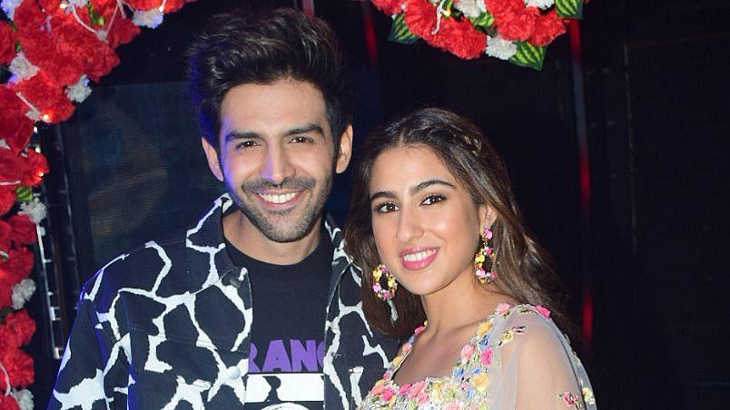In Pics: Kartik, Sara Promote 'Love Aaj Kal' on 'Indian Idol' Set