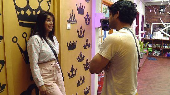 'Bigg Boss 13' Day 106: Shehnaaz Confesses She Loves Sidharth
