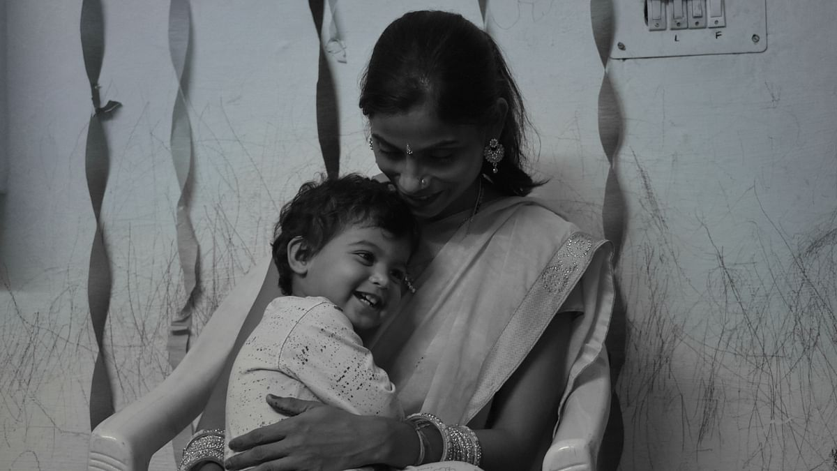 Image of the visually-impaired Ms Kumari with her child. Image used for representational purposes.