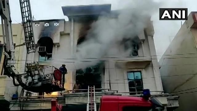 Fire at Printing Press in Delhi's Patparganj Leaves One Dead