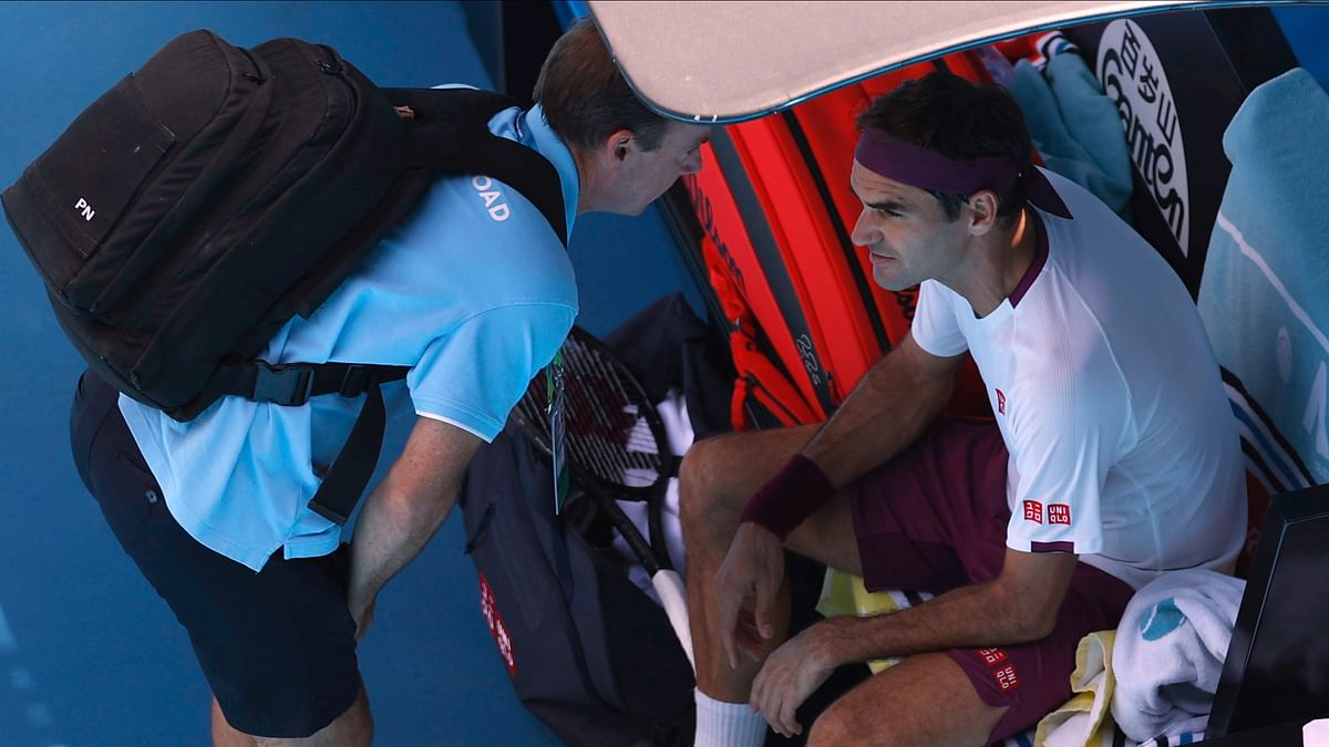 Feder confronted the umpire and lost three more points, again having words with the official before calling for a physio and taking a near nine-minute medical timeout.