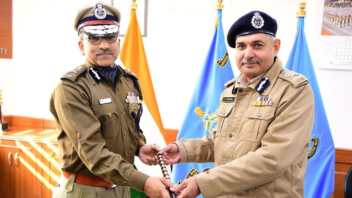 IPS Officer AP Maheshwari Appointed CRPF DG Till February 2021