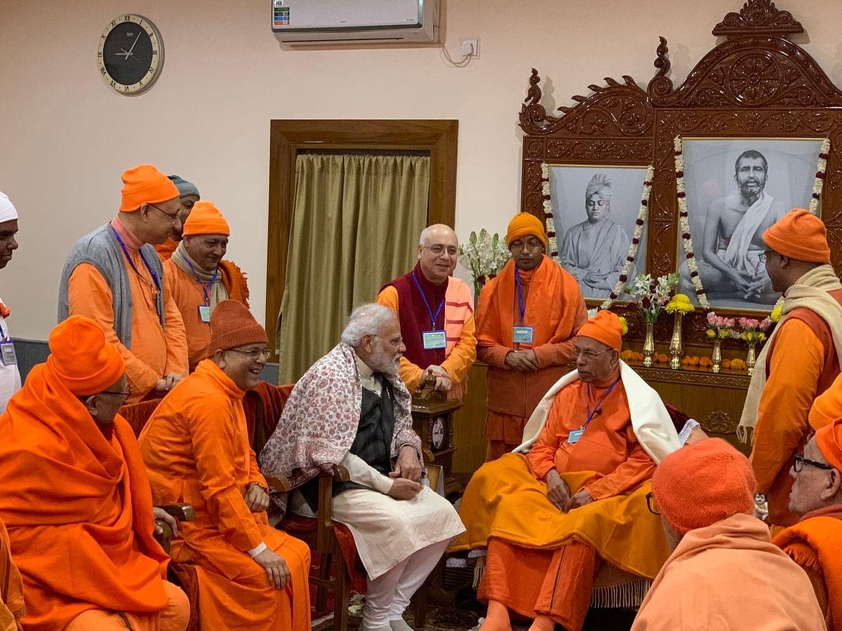 Prime Minister Narendra Modi met seers and saints at the Belur Math.