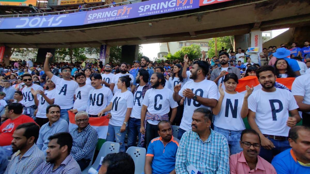 Mumbai Students Take to India Vs Aus ODI to Protest Against CAA