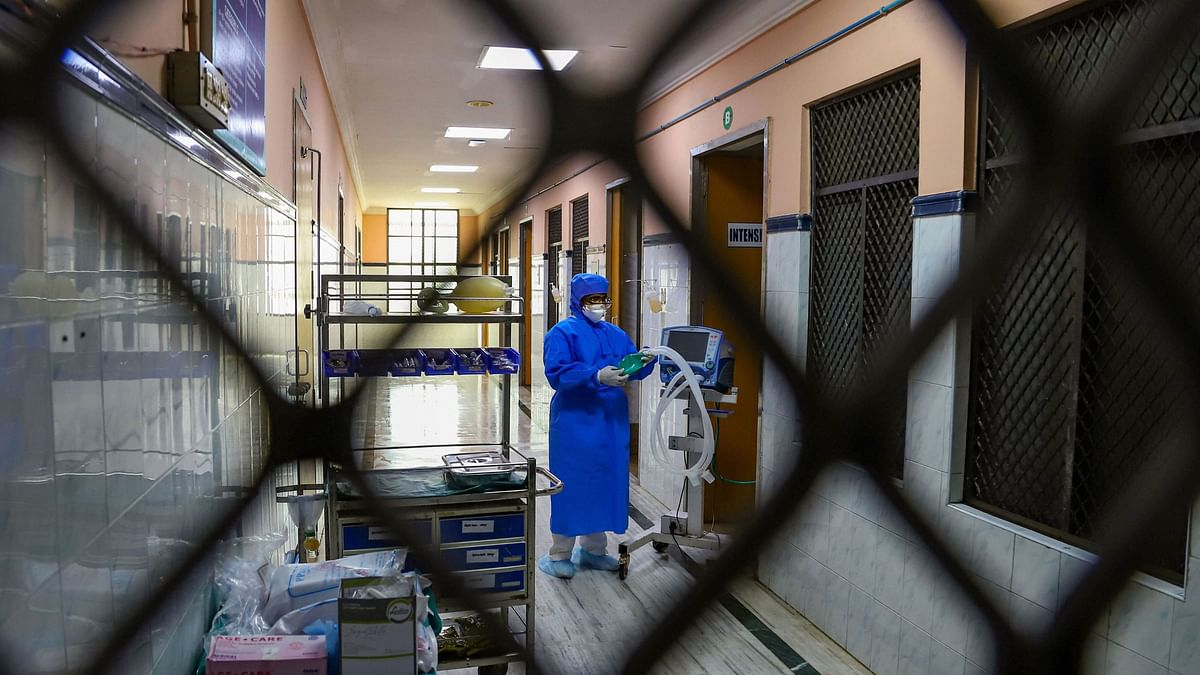Hospital staff is seen outside the Special Isolation Ward set up to provide treatment to any suspected case of the coronavirus at the Rajiv Gandhi Government General Hospital, in Chennai. Image for representational purpose only.