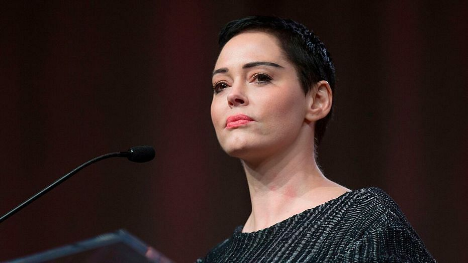 Hollywood Actor Rose McGowan Apologises to Iran for the Bombing