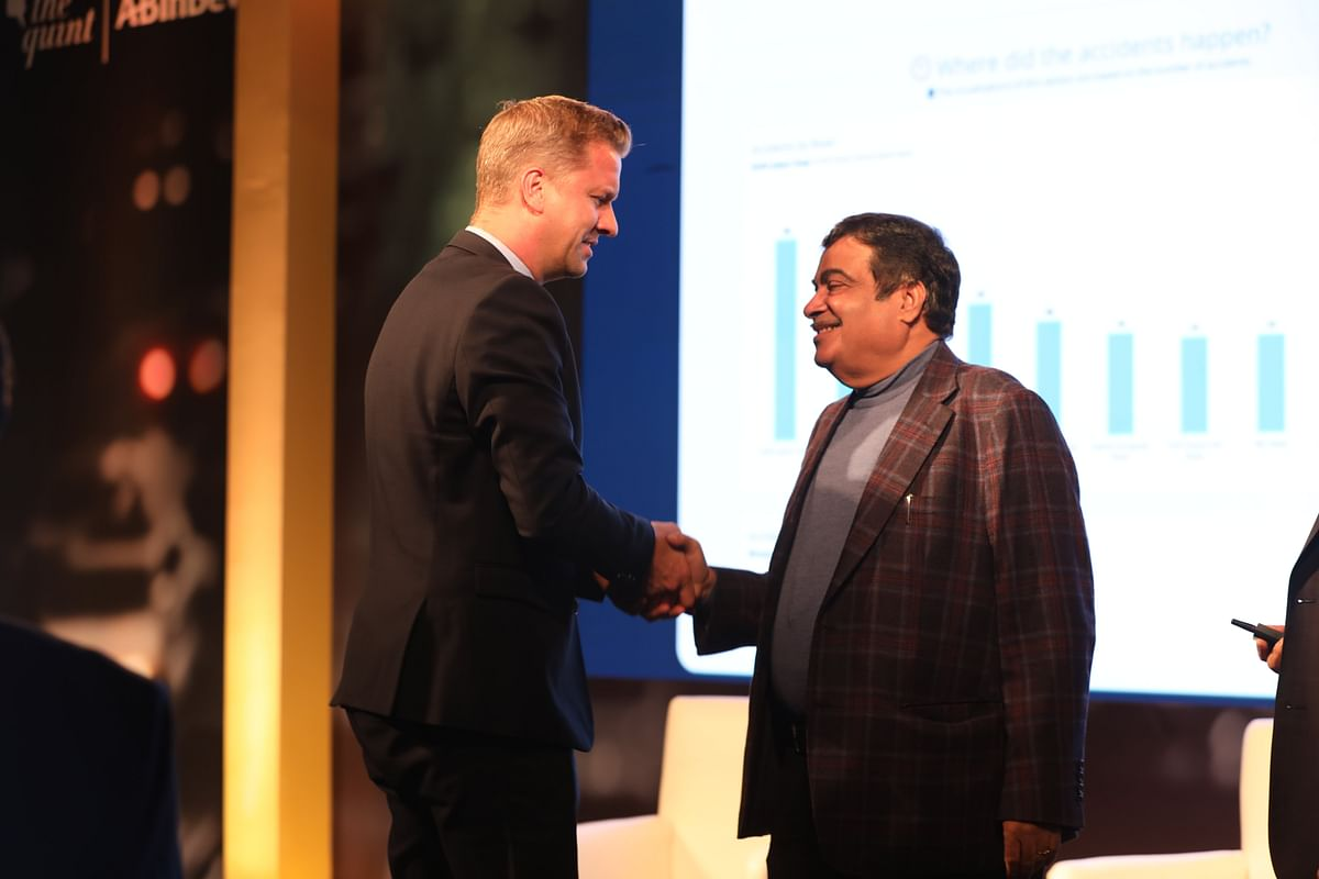 The Minister of Road Transport and Highways, government of India, Nitin Gadkari with Ben Verhaert, President (South Asia), Anheuser-Busch InBev, at the launch of road safety data, dashboard for the city of Gurugram.