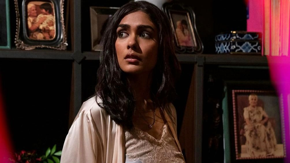 'Ghost Stories' Review: Build Up, Build Up, Build Up...And Nothing