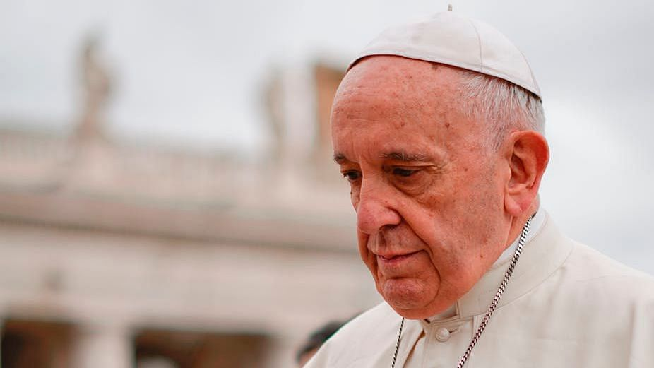 Clergyman in Pope's Residence Tests Positive for Coronavirus