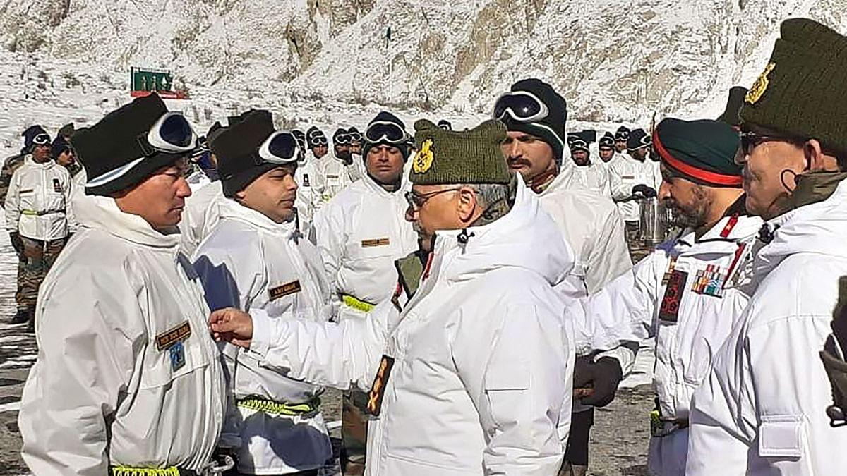 New Army Chief Naravane Visits Forward Posts in Siachen
