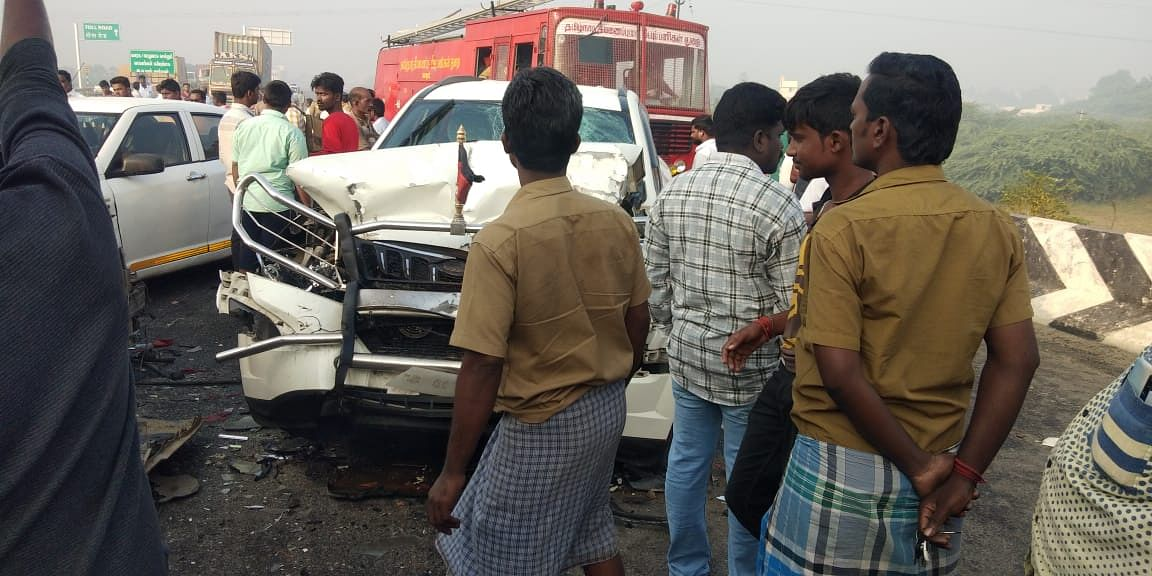 The accident occurred at 7.30 am when a Swift Desire car rammed into a Tata Ace.