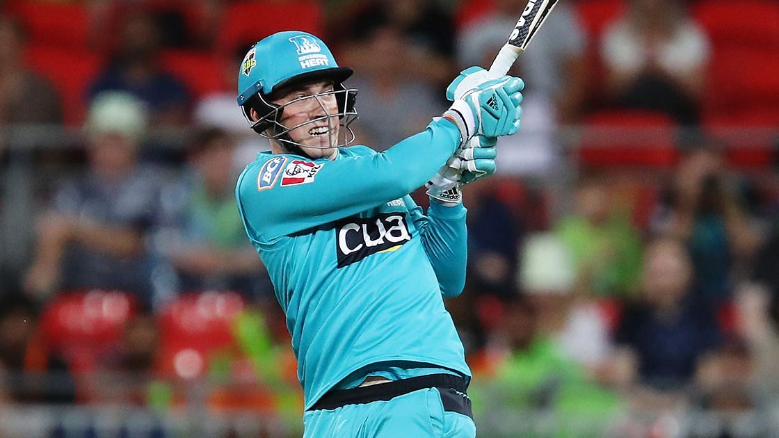 Tom Banton scored 56 off just 19 balls to help Brisbane Heat beat Sydney Thunder by 16 runs via D/L method.