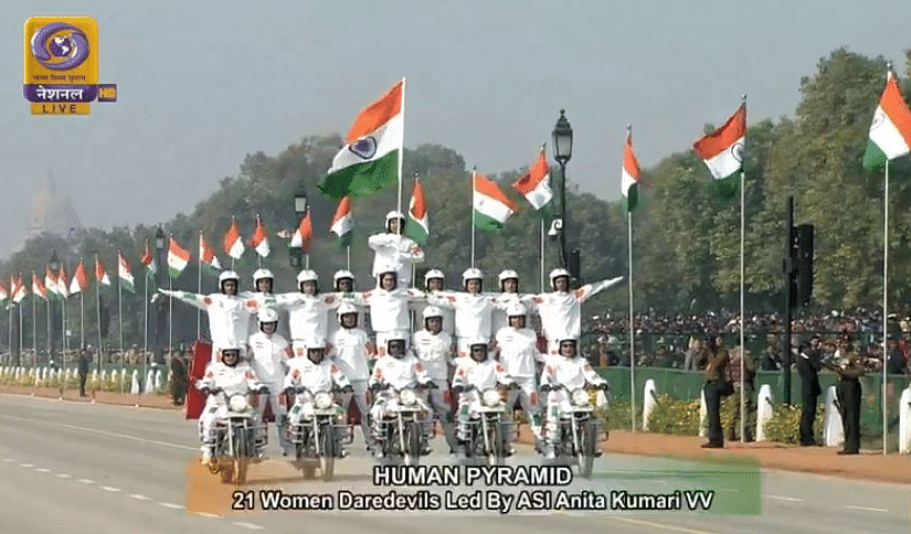 R-Day: India Shows Military Might With Apache, Chinook & Dhanush