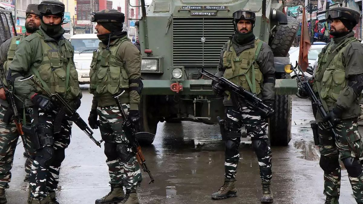 Security Forces Neutralize 2 Terrorists in Awantipora