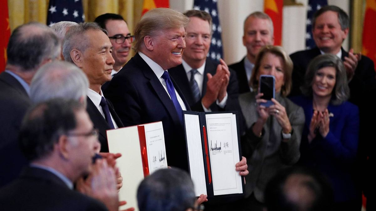Trump Signs Trade Deal With China; Refuses to Roll Back Tariff