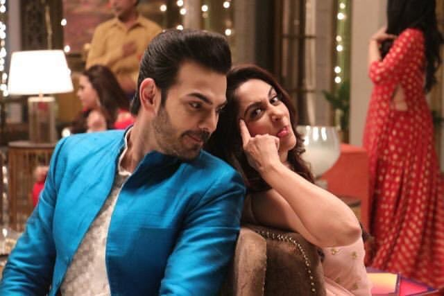 Karan V Grover and Dipika Kakar have a light moment during the shoot of <i>KHKT</i>.&nbsp;