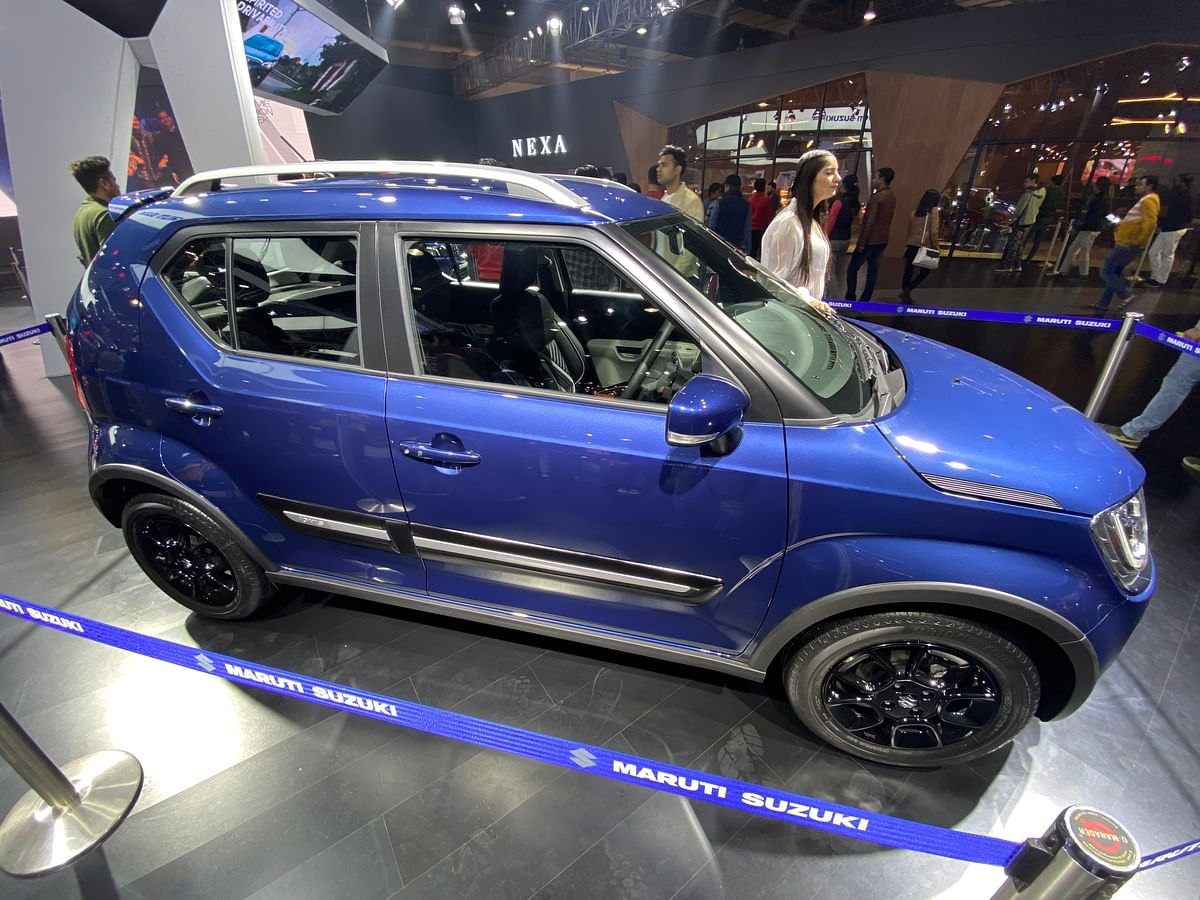 Side profile of the Ignis.