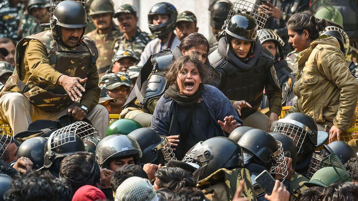 Amid COVID-19 Fear, Jamia Students Temporarily Suspend CAA Protest