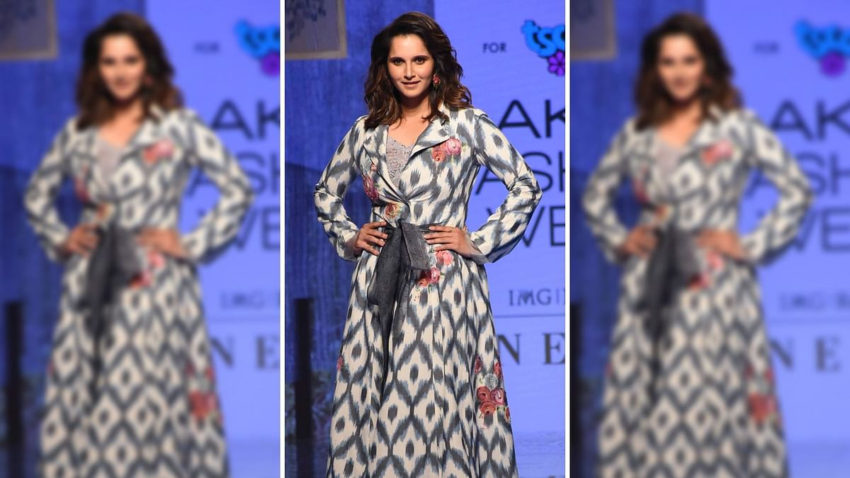 Lakme Fashion Week Day 2: Sania Mirza Stuns in an Ethnic Outfit