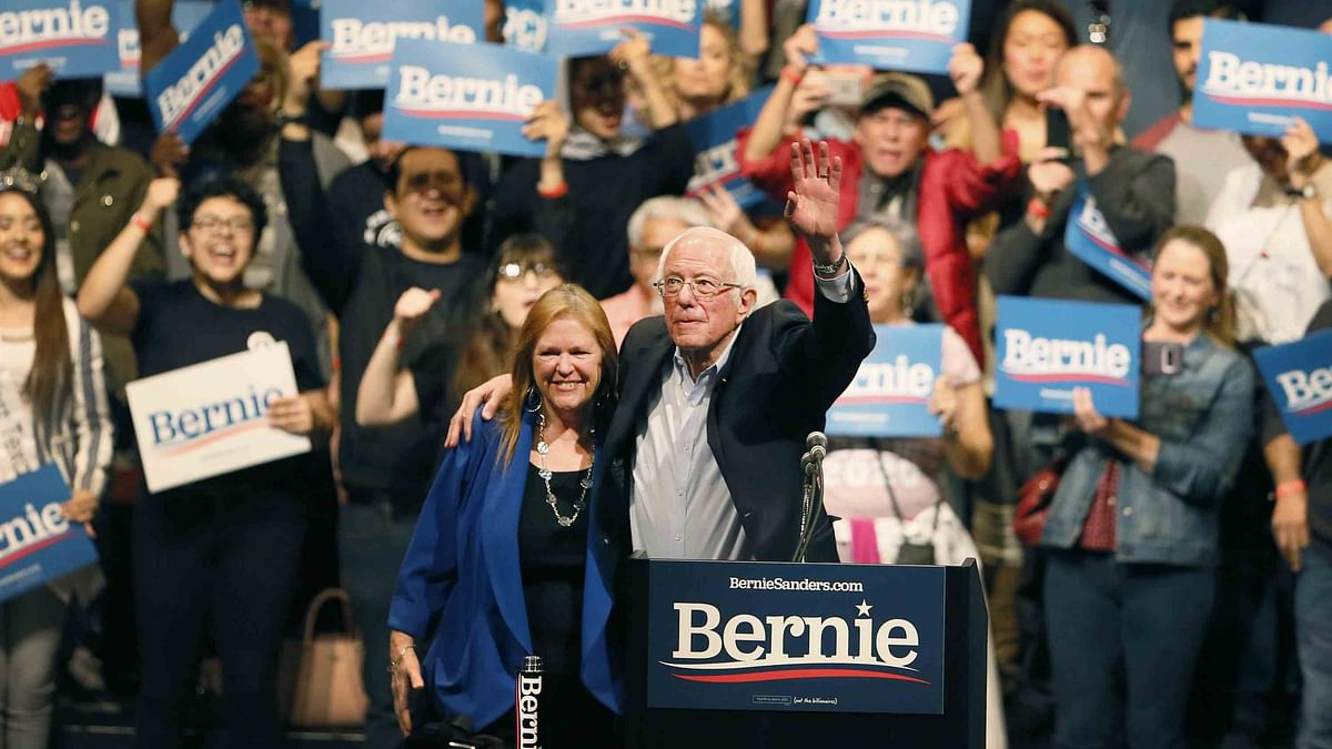 Bernie  Wins Nevada Caucuses, Takes National Democratic Lead