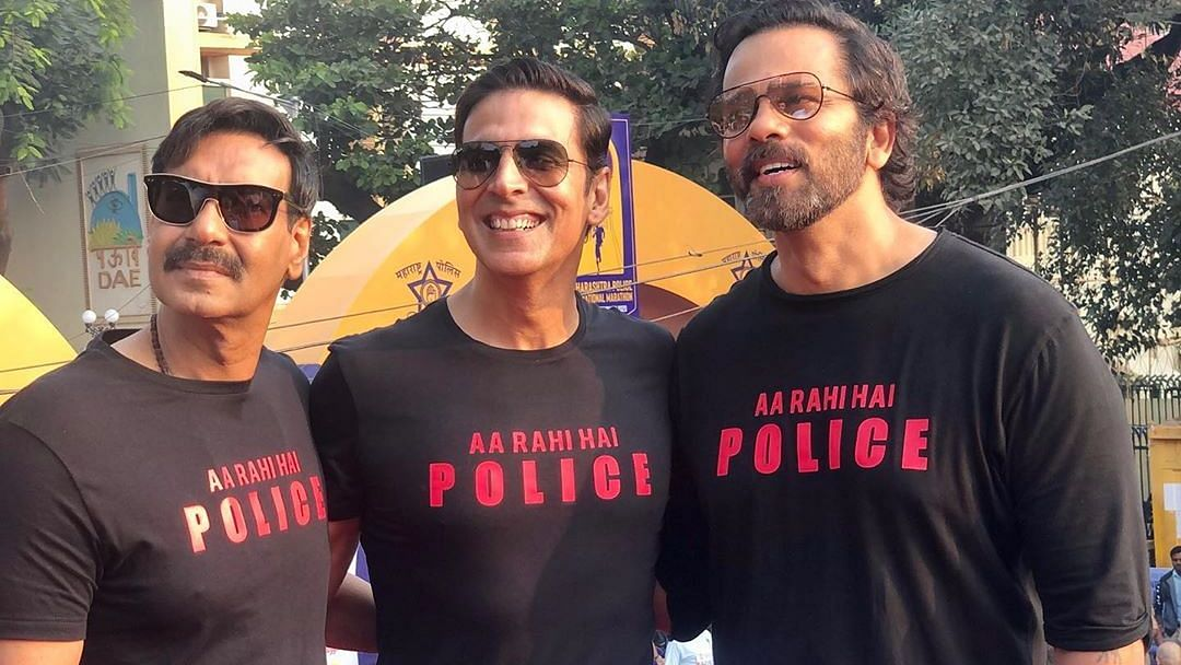 Akshay, Ajay & Rohit Take Part in Maharashtra Police Marathon