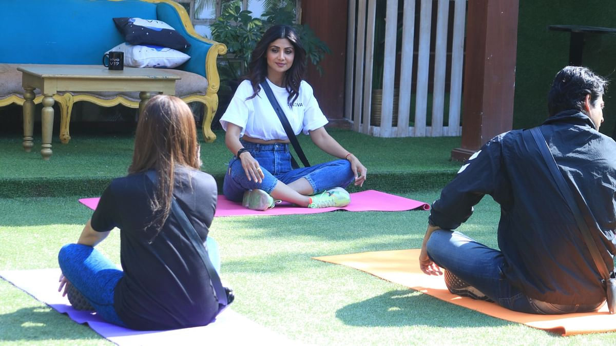 Bigg Boss 13 Weekend Ka Vaar: Shilpa Shetty Bounces Into the House