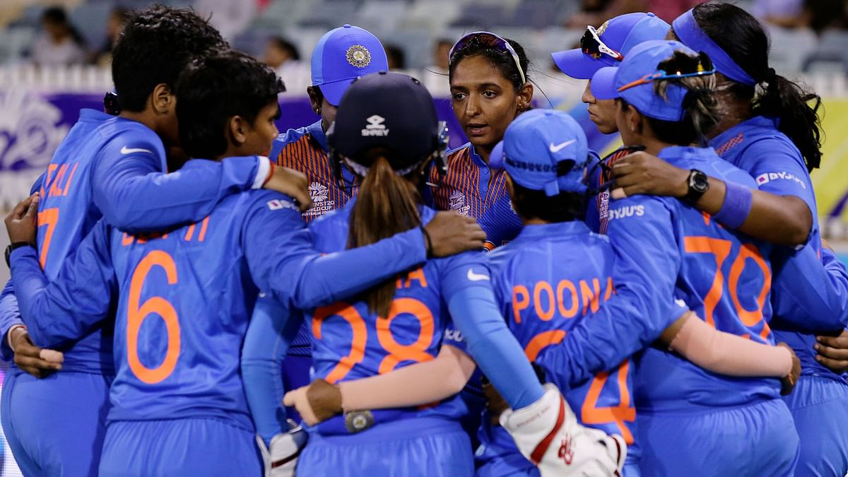 Women's T20 WC: India Enter the Semis With 4-Run Win Against NZ