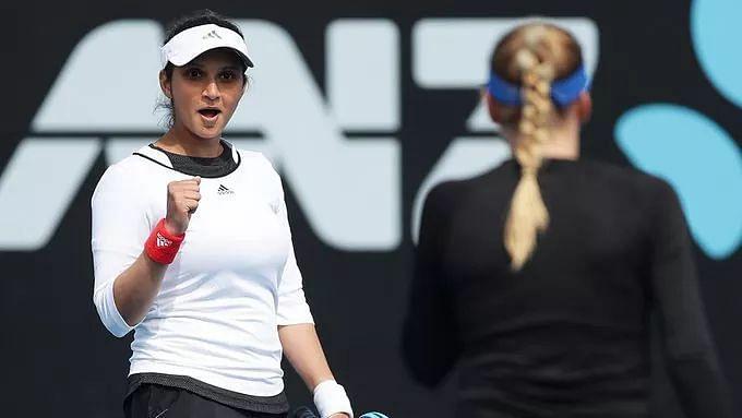 Sania-Garcia Sail Into Dubai Open Doubles Pre-Quarterfinals