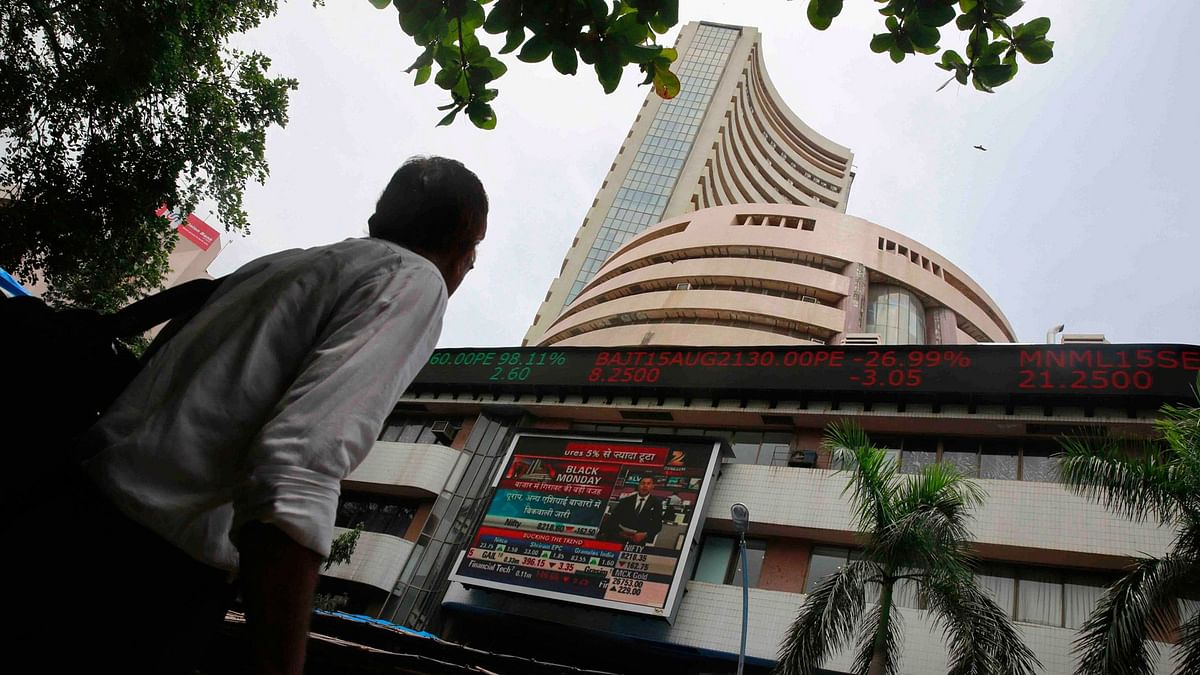 Markets' 4-Day Winning Streak Snapped as Sensex Loses 164 Points